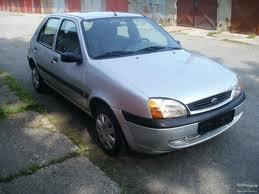 ford-fiesta-11-small-triangle